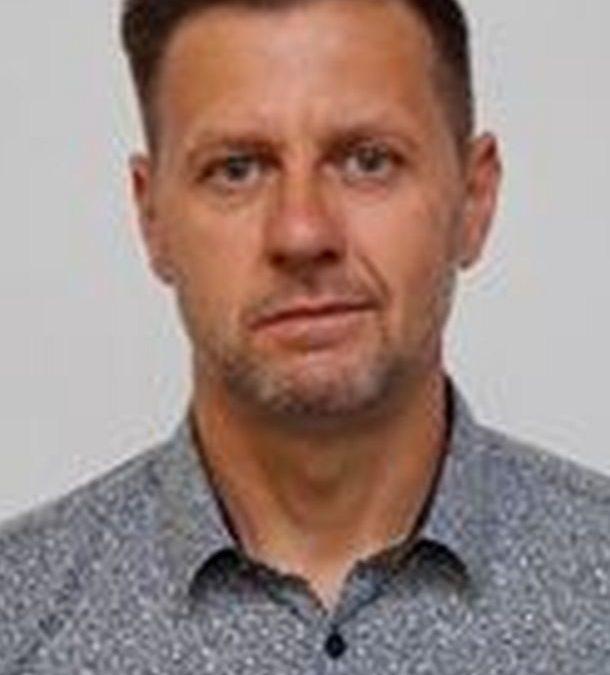 Dr.-Ing. Dirk Becher